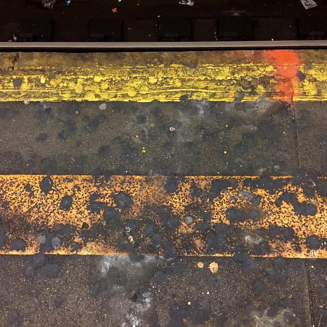 Subway platform patterns