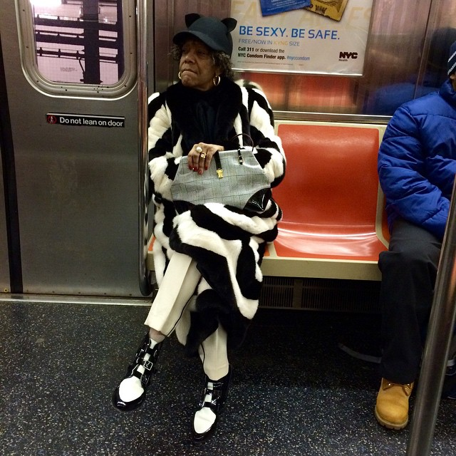 I love when people really commit to a look. #fabulous #blackandwhite #IloveNY